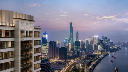 shanghai lujiazhui luxtury apartment