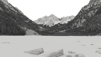Maroon Bells grey